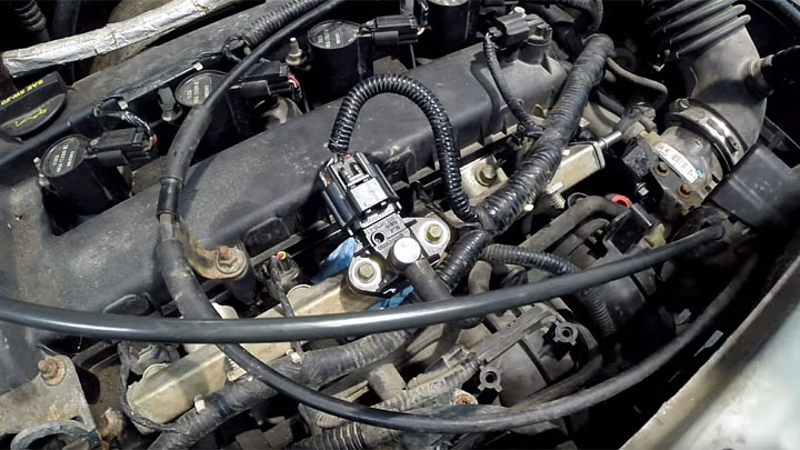 symptoms of bad fuel rail pressure sensor